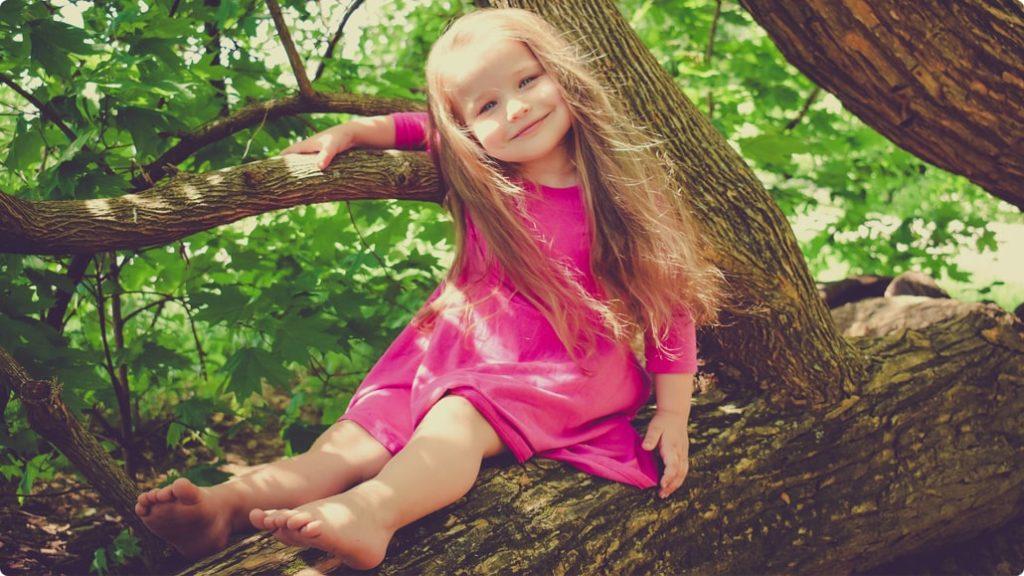 Den Moro Reflex mit der Reflexintegration bei Kinder beheben: In der Praxis von Dr. Birgit Stuck mit Kunden aus ganz Österreich für die RIT-Reflexintegration.